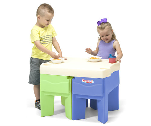 The perfect table for snack time